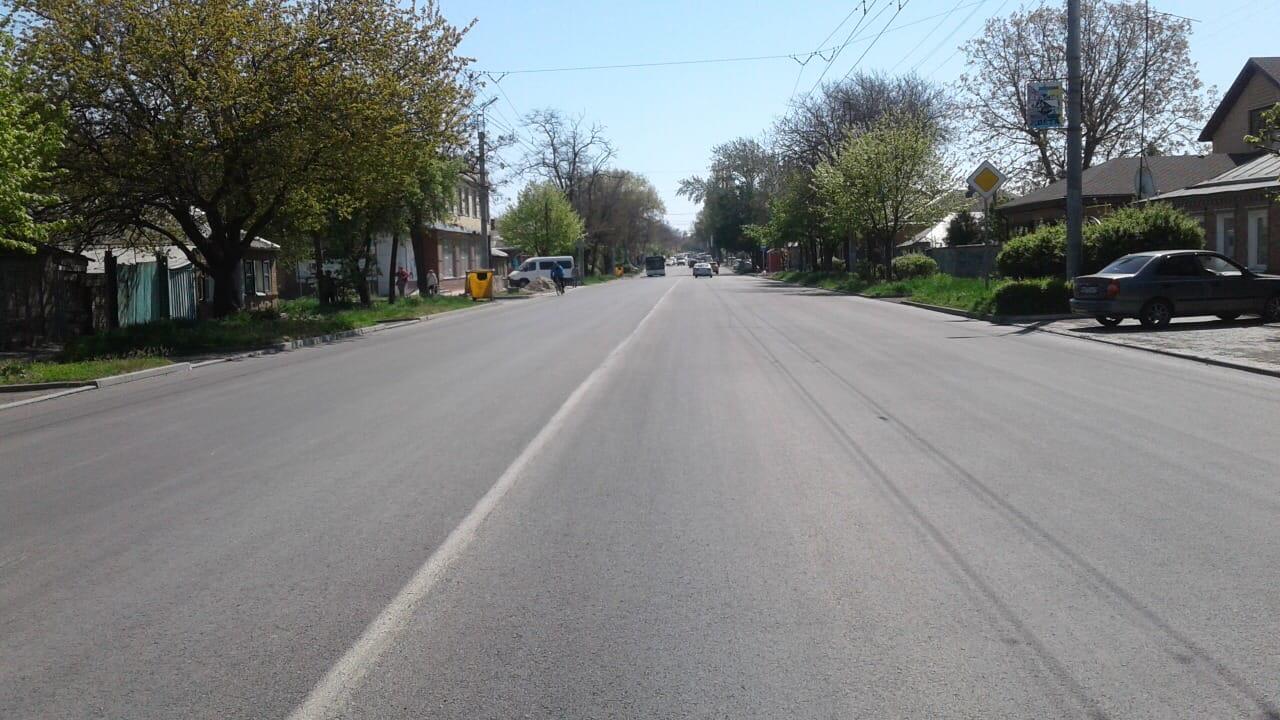 В городе Таганроге отремонтированы еще два участка автомобильных дорог