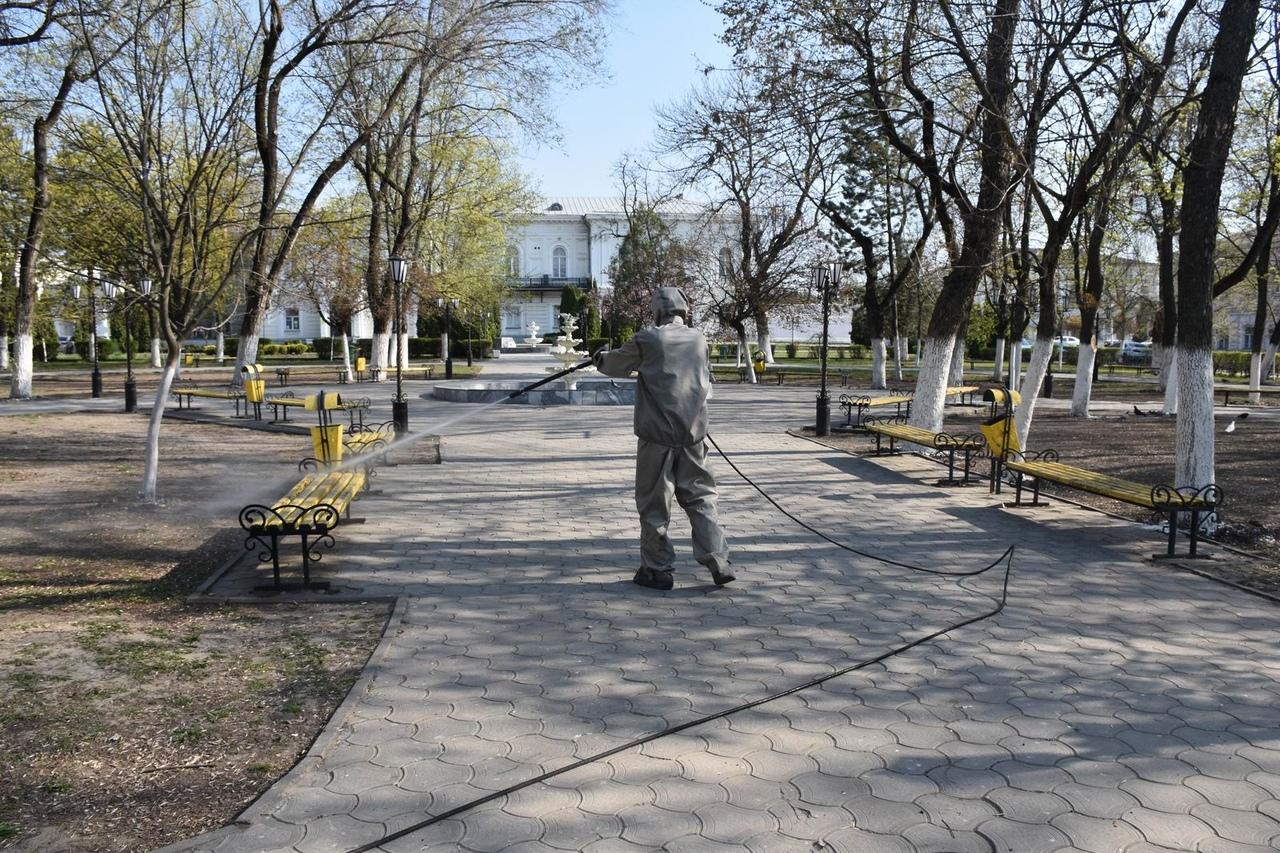 Города Ростовской области дезинфицируют: на очереди Таганрог и Батайск