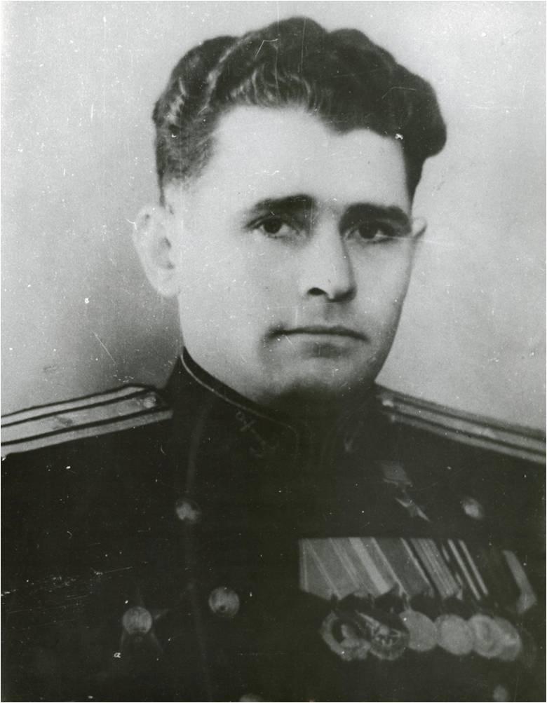 Командир 7-го ИАП майор К.Д. Денисов