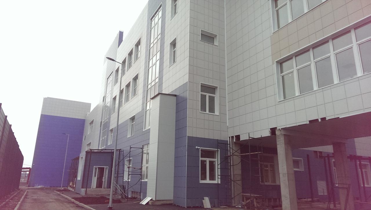 В городе Таганроге продолжается строительство школы по улице Галицкого