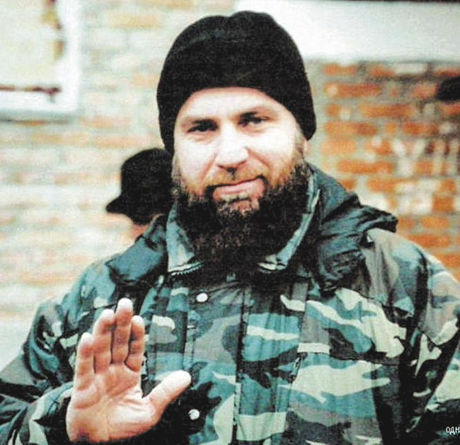 Звание «бригадного генерала» Гелаев получил ещё при Дудаеве и командовал полком специального назначения «Борз»